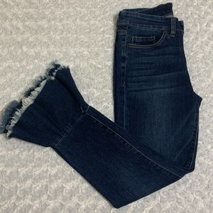 Blank NYC Ruffle Heam Cropped Jeans 26